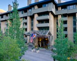 Vail-Lodging weekend-Slopeside Condo including Lift Tickets
