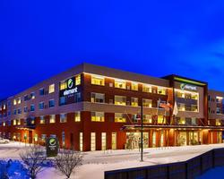 Aspen-Lodging outing-Element Hotel Basalt Economy Lodge for 5 Nights and 4-day lift price per person
